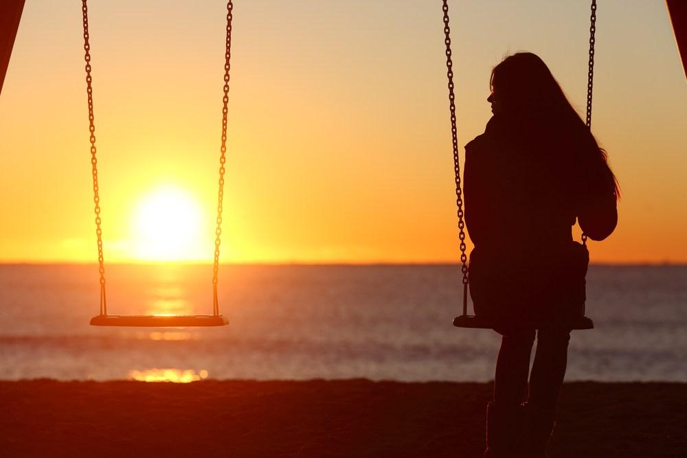 woman-single-alone
